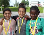 Tre jenter på Sommerskolen Oslo på Haugen